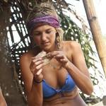 Jefra Bland eats up a chicken reward