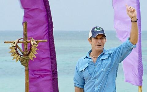 Jeff Probst hosts the Survivor Immunity Challenge
