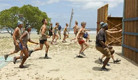 Survivor 2014 castaways compete for Immunity