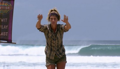 Sierra Thomas commands the waves on Survivor 2015