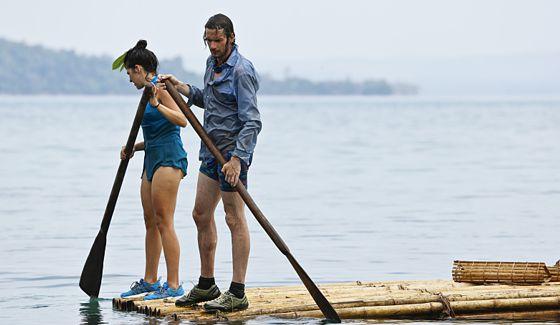 Survivor 2016 Castaways on a leisurely paddle