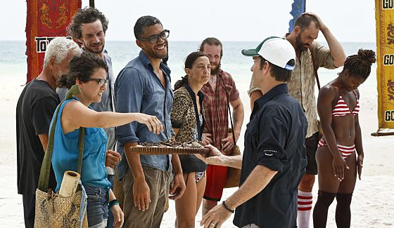 Jeff Probst hands out new Buffs on Survivor Kaoh Rong