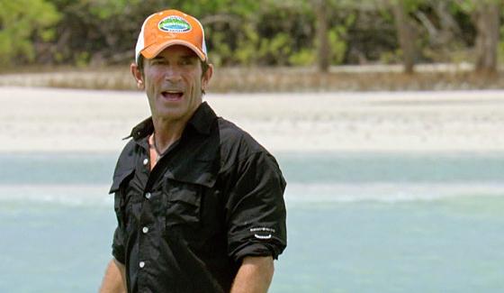 Jeff Probst hosts the Reward challenge on Survivor Kaoh Rong